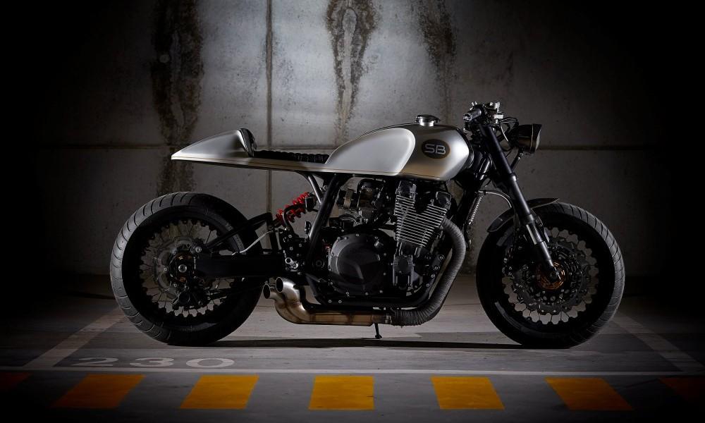 Yamaha XJR1200