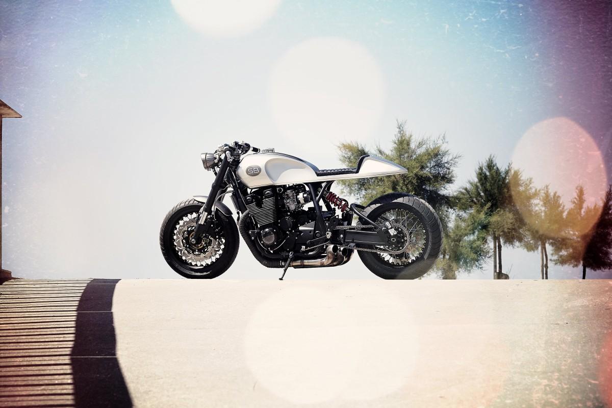 Yamaha xjr1200 profile