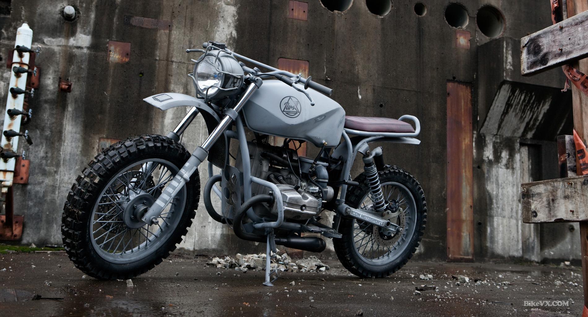 Quarter master Ural solo custom
