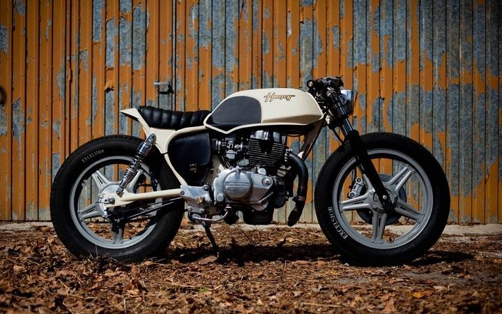 Honda CB250 Superdream by OEM