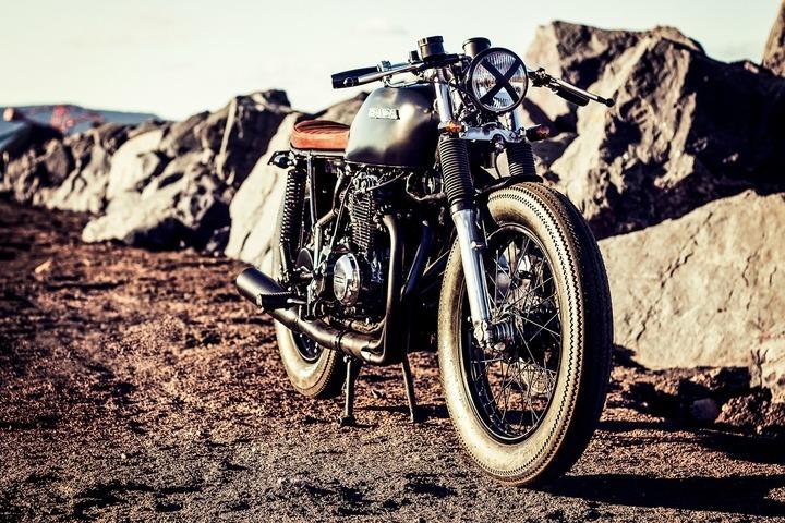 custom Honda CB 400F