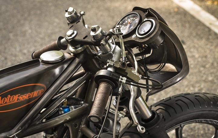 RD350 handlebars