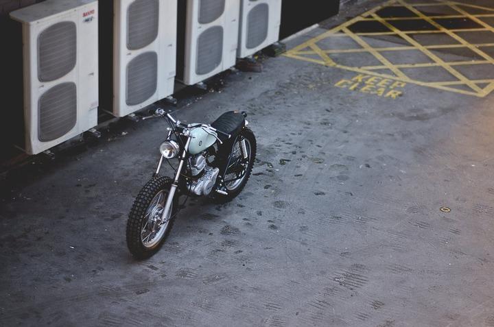 Bespoke Yamaha SR250