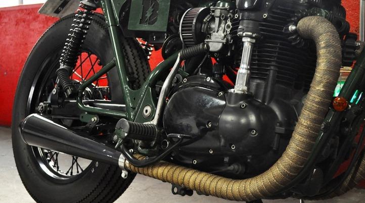 Kawasaki W650 engine