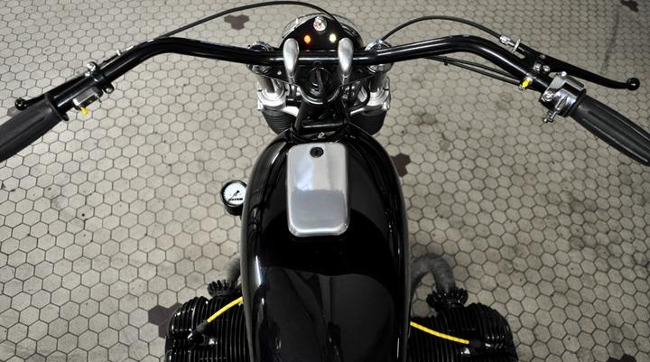 honda fuel tank and triumph bars