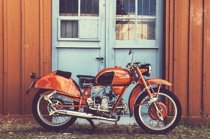 1954 Moto Guzzi Airone 250