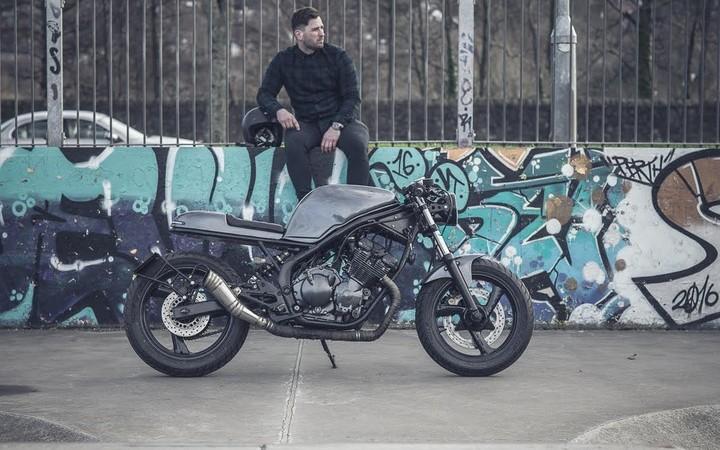 Yamaha XJ600s by JM Customs